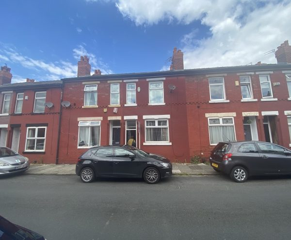 Investment property for sale Reddish